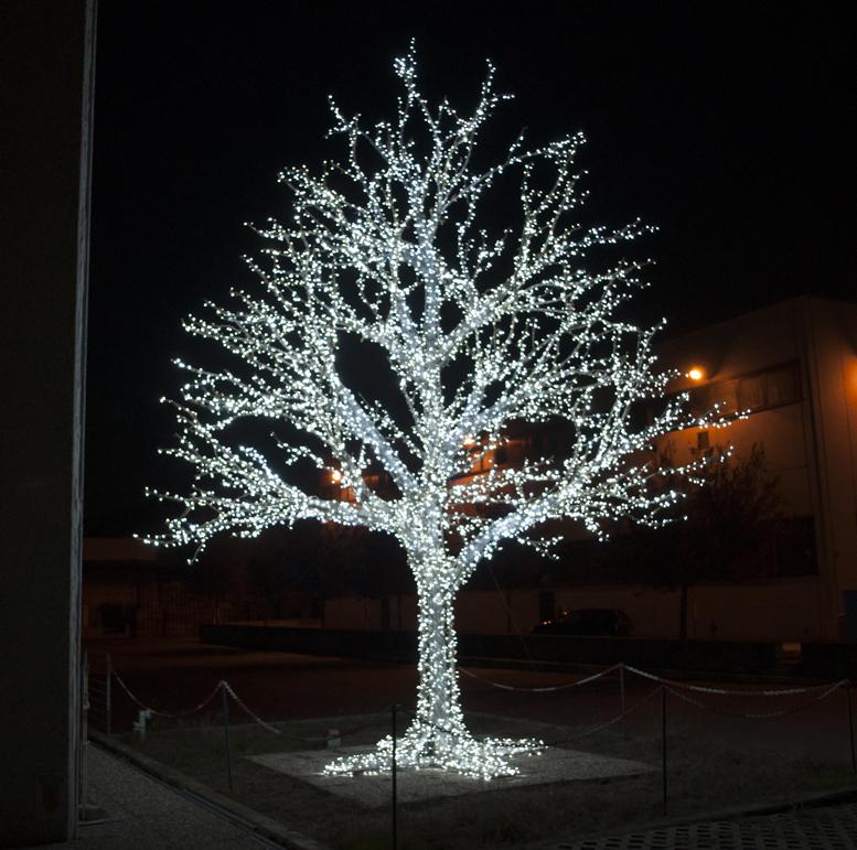 Addobbi Natalizi Luminosi.Decorazioni Luminose Per Esterni Turate L Emporio