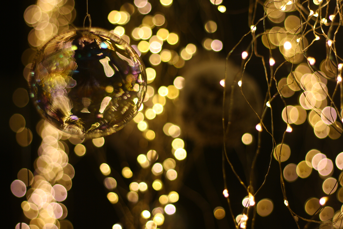 Immagini Di Luci Di Natale.Luci Di Natale Turate L Emporio