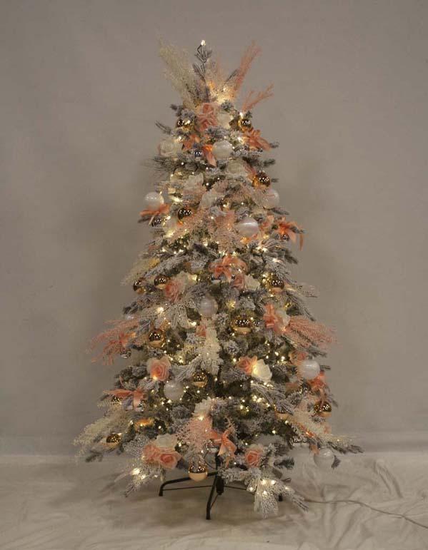 Alberi Di Natale Addobbati Foto.Alberi Di Natale A Noleggio Turate L Emporio